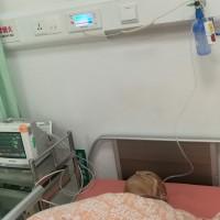 90岁的老娘和年幼的孩子需要他,爱心救助病痛中的他_证明材料
